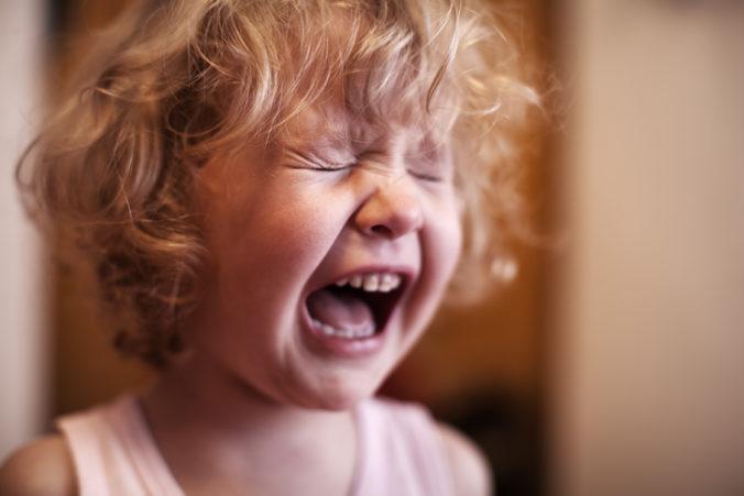 Weinendes, schreiendes Kind
