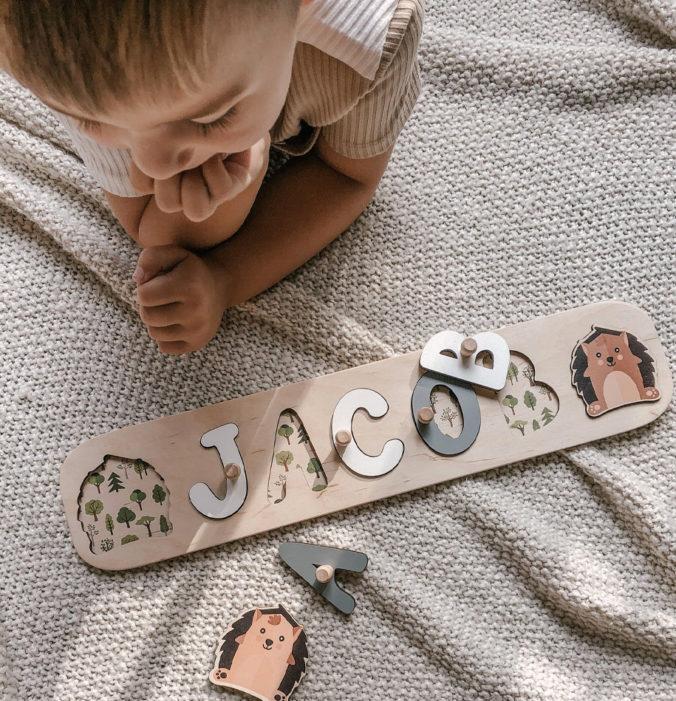 Personalisiertes Steckpuzzle für Babys