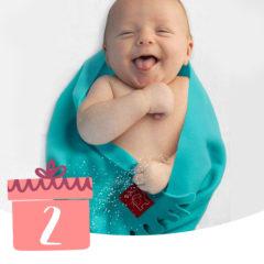 Baby in Babydecke