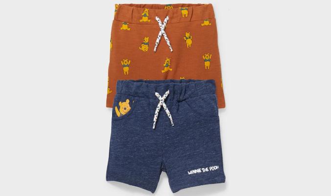 Baby-Shorts mit verschiedenen Winnie-Puuh-Prints