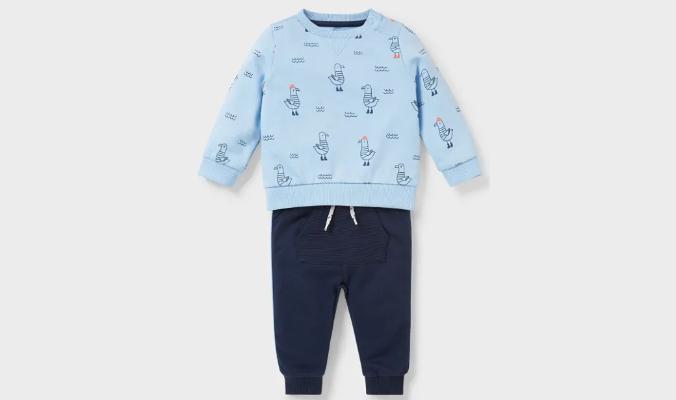 Baby-Outfit mit Möwen-Print
