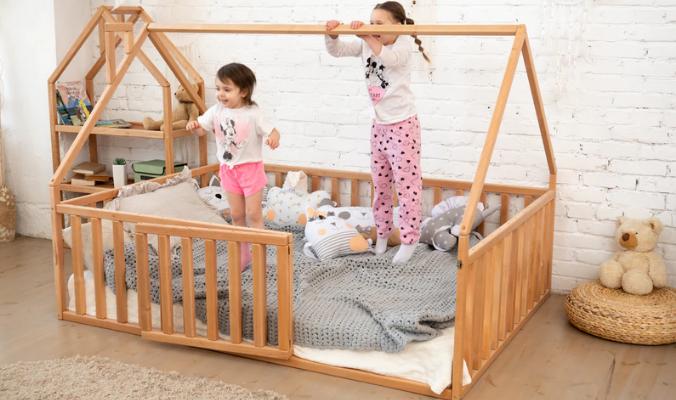 Kinderzimmerbett